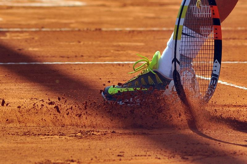 Clay Court Tennis Shoes for Clay Courts